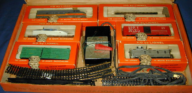Lionel ho freight cars